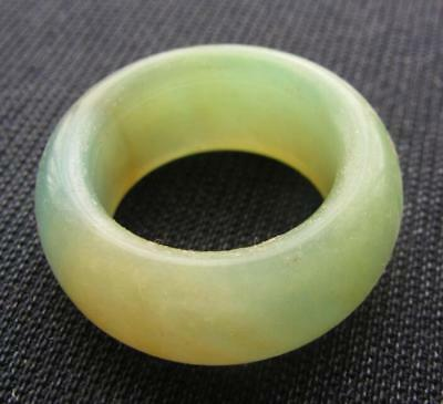 aged natural  jade hand carved man bless ring sz9-9.5  ?????????????