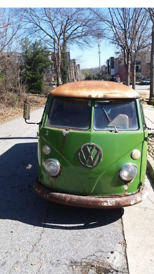 1966 Volkswagen Bus/Vanagon  1966 VW mini-bus