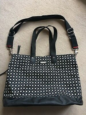 BUY IT NOW! Storksak Baby Changing Bag. Black & Cream. Lightweight