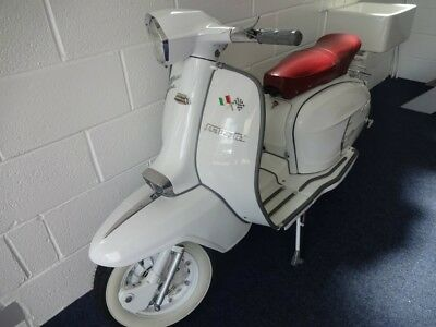 LAMBRETTA SX 200. TRULY LOVELY 200cc. PLEASE SEE THE VIDEO ON OUR WEBSITE
