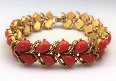 Beautiful Vintage CROWN TRIFARI Faux Coral Lucite Bracelet - 1950's / 1960's