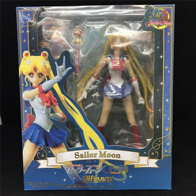 S.H.Figuarts Sailor Moon Tsukino Usagi Pretty Guardian 20th PVC Action Figure IB