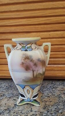"""Hand-painted Nippon Japan Art Deco vase, Mint condition. 5 1/2"""" high."""