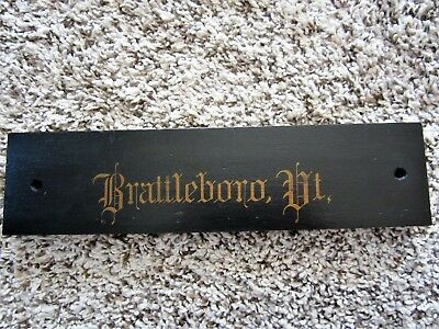 Historic BRATTLEBORO VT. 1800s Plaque Wood Gold Gilt Victorian Calligraphy Sign
