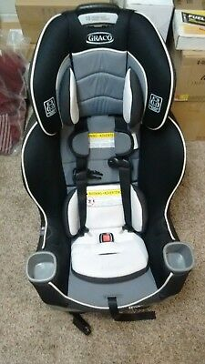 Graco 2001871 4Ever Extend2Fit 4-in-1 Convertible Car Seat*