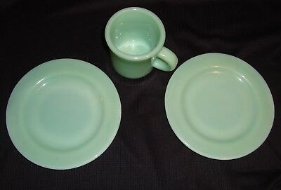 Fire King Jadeite Restaurant Ware Oven Proof Dessert Plates C Handle Coffee Cup