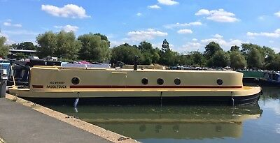 50 x 10 Widebeam on West London Mooring Houseboat Canal River Boat Barge