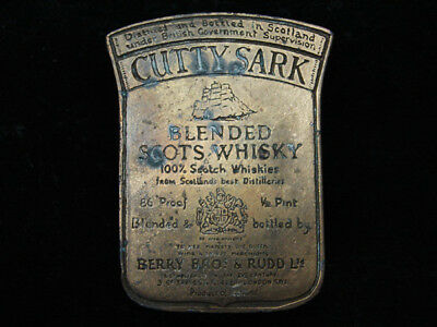 QK11129 VINTAGE 1970s **CUTTY SARK BLENDED SCOTS WHISKY** BOOZE BELT BUCKLE