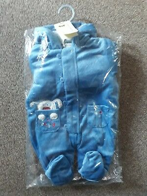 BNWT Baby Snowsuit With Mits 3-6 Months