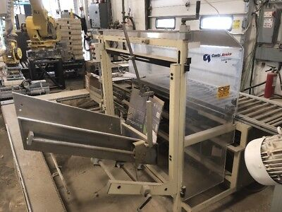 3m Combi case erector E3000 comes with powered conveyor as well
