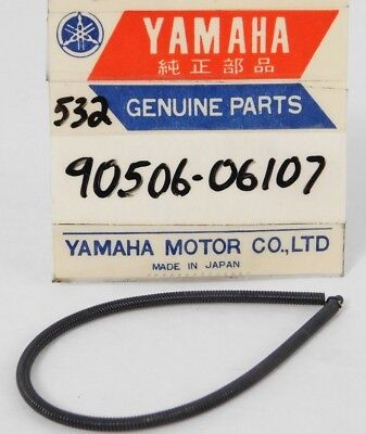 1 NOS Genuine Yamaha DS7, R5 AIR FILTER Tension Spring OEM Part  90506-06107 NEW