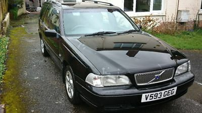 Volvo V70 2.4 petrol automatic (Relisted due to timewaster)