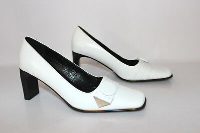 VINTAGE Court shoes ANDRE Synthetic leather White Folded leather T 39 MINT
