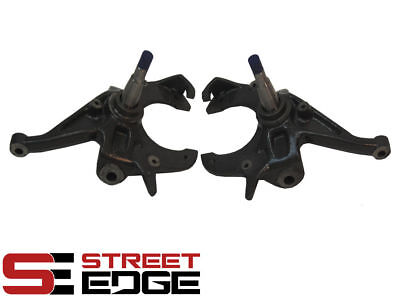 """Street Edge 82-04 Chevy S10/GMC Sonoma/GMC S15 Pickup 2WD 2"""" Drop Spindles"""
