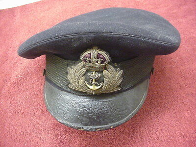 Old Royal Navy Officer's service Cap  WWII or Pre WWII?