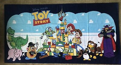 Disney Parks 2018 Pixar Fest Toy Story Characters Beach Towel New With Tags