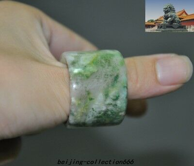 Old Chinese dynasty natural Emerald jade Hand carved amulet Ring The ring statue