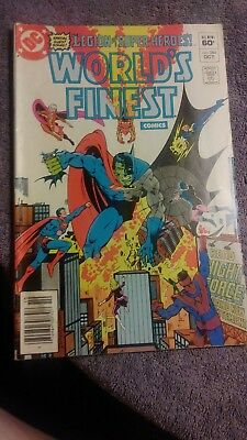 Collection must!! 1982 Worlds finest comics #284 in Very Good Condition