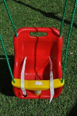 Kids Baby Swing in A1 condition nice Red colour with Green Rope Extensions