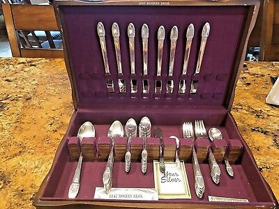 1847 Rogers 54 pc First Love Silverplate Flatware With Chest