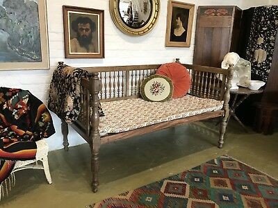 Antique French Walnut Day Bed Daybed Furniture Chair