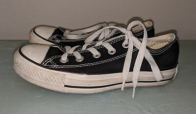 Converse All Star Low Top Black Sneakers Shoes Women's Size 5 Lace-Up