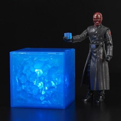"""SDCC 2018 Exclusive! Hasbro Marvel Legends Red Skull 6"""" w/ Electronic Tesseract"""
