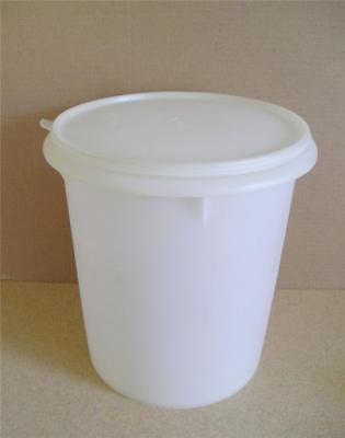 """Tupperware Jumbo Canister 2.5 Gallon 10.5"""" Tall XL Size Classic Sheer Vintage"""