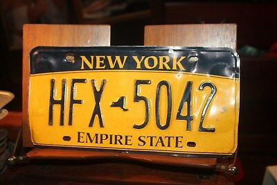 2010 New York Empire State License Plate HFX 5042