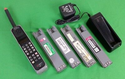 Vintage Cellular One by Motorola Brick Cell Phone Grey w/ Charger & 5 Batteries