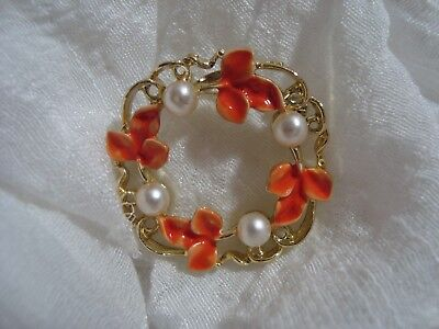 BEAUTIFUL Signed GERRY'S Gold Tone/Orange Leaf Wreath Brooch. A Must See!!