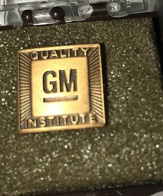 GM Quality Institute Pin Service Award NOS New Vintage