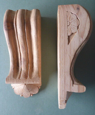 Reeded Corbels with Fan (Two Pieces in Pine wood) #739 (Batches 95 and 99)