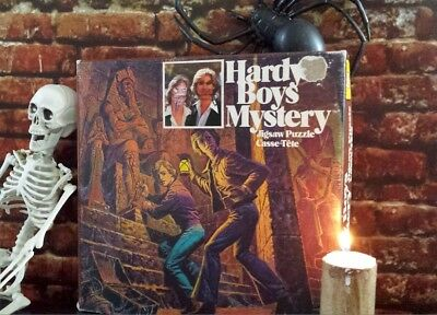 *Hardy Boys Mystery vintage jigsaw puzzle*, rare and colorful, very good cond.