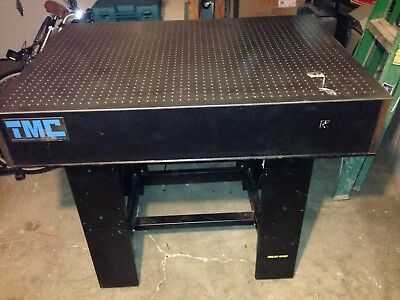 TMC Optical / Vibration Isolation Table 4'x3' and melles griot Pneumatic Legs