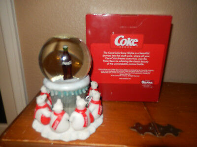 Coca-Cola Brand Snow Globe: Bears admiring Coke bottle