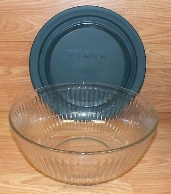 Genuine Pyrex Portables The Way to Go 4.5 QT Bowl With Lid *Made In U.S.A*
