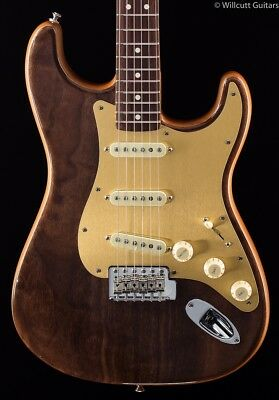 Fender Willcutt Guitars 50th Anniversary Walnut Roasted Stratocaster (951)