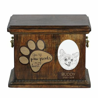 Chihuahua wirehaired - Urn for dog's ashes with ceramic plate, description USA