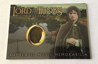 """Topps Chrome Lord of the Rings Trilogy """"Frodo's Elven Tunic"""" Costume Relic Card"""