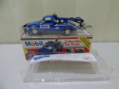 Mobil 1995 Collectible Toy Truck Limited Offer Collector's Edition