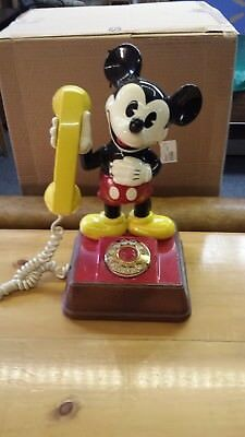 Vintage (WORKING)1976 Mickey Mouse Rotary Telephone Walt Disney Productions