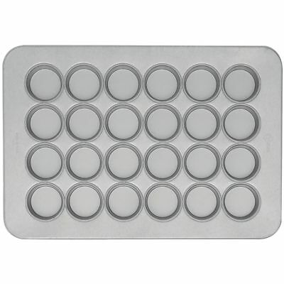 Chicago Metallic Texas Size Muffin Pan Aluminized Steel 24 Cup (45265)