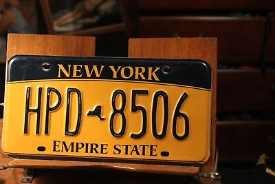 2010 New York Empire State License Plate HPD 8506 (B)