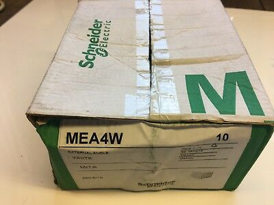 MEA4W Schneider Mini Trunking External Angle 38x25mm Quantity 10