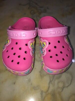 Crocs Classic Light Up Clog Butterflies Hearts Shoes Girls Size 11 Pink/ Multi