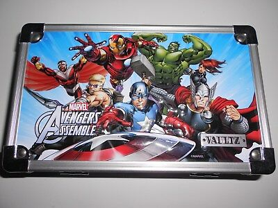 VAULTZ 3-D Marvel Avengers Assemble Locking Pencil Box Captain America Brand New