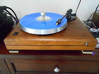 BEAUTIFUL CLASSIC AUDIOPHILE Acoustic Research AR Turntable Improved  w/cartridge