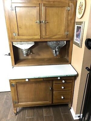 Antique Oak Hoosier Cabinet With Flour Sifter And Sugar Bin