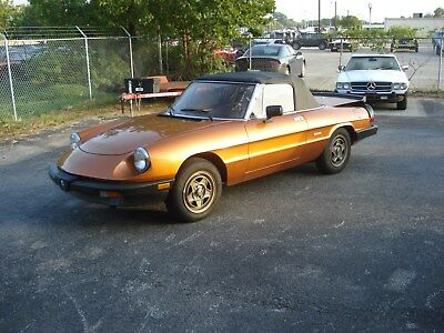 1986 Alfa Romeo Spider  1986 Alfa Romeo Spider Veloce 2.0 – drivable – new soft-top – low mileage